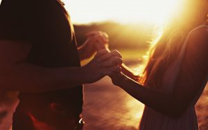 love-feelings-hands-background-pictures-wallpaper-man-wallpapers-girl-woman-boy